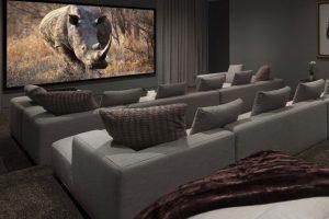 Cinema 02